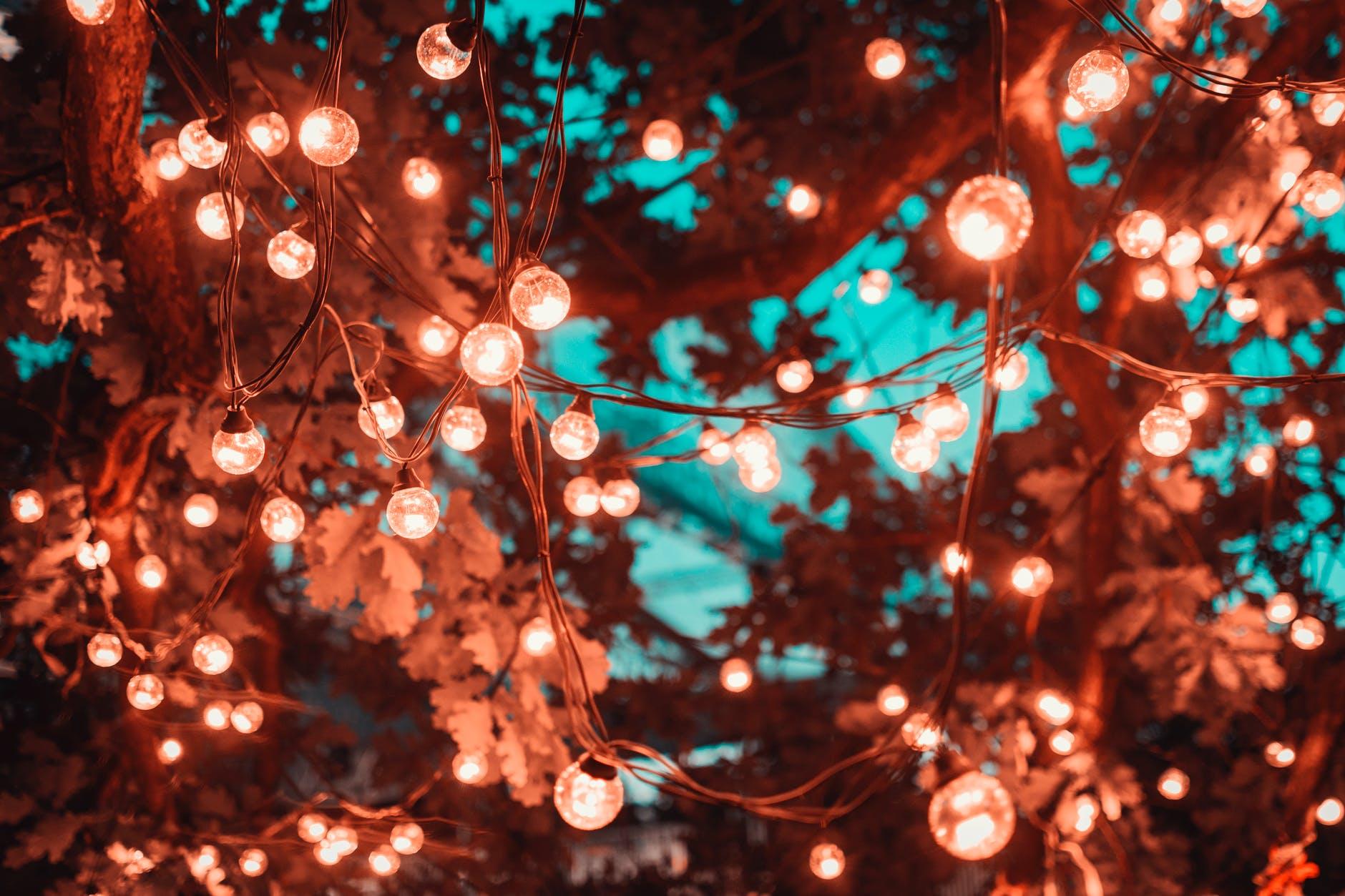 Julelys bringer varme og lys i den ellers kolde og mørke tid